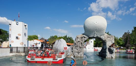 Take a record breaking visit to the original LEGOLAND in Denmark